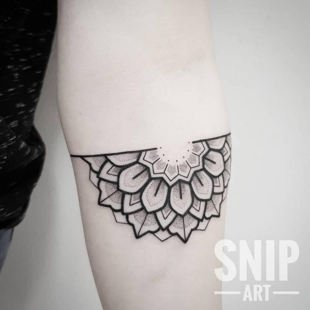 robbin-snipart-tattoo-1