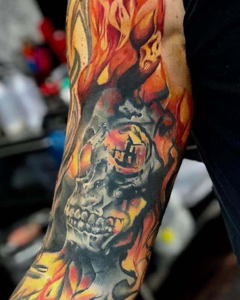 fire-skull-tattoo-apeldoorn