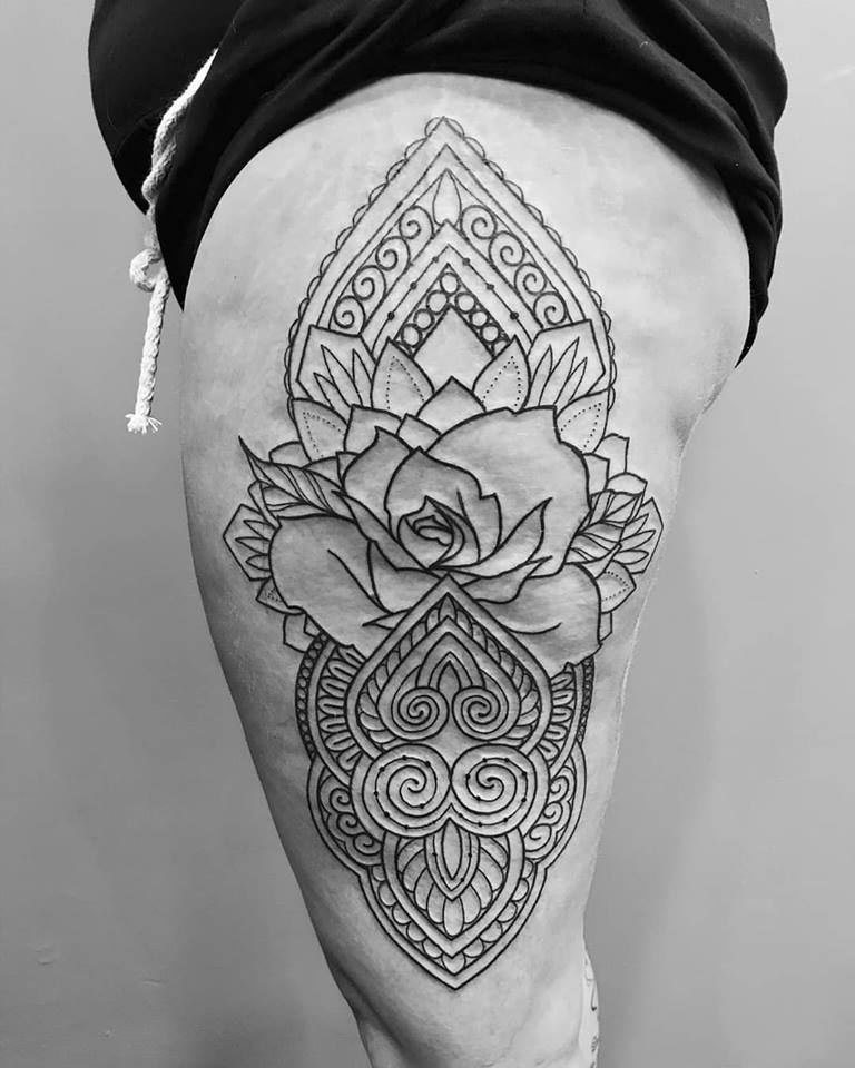 mandala-lace-hip-tattoo