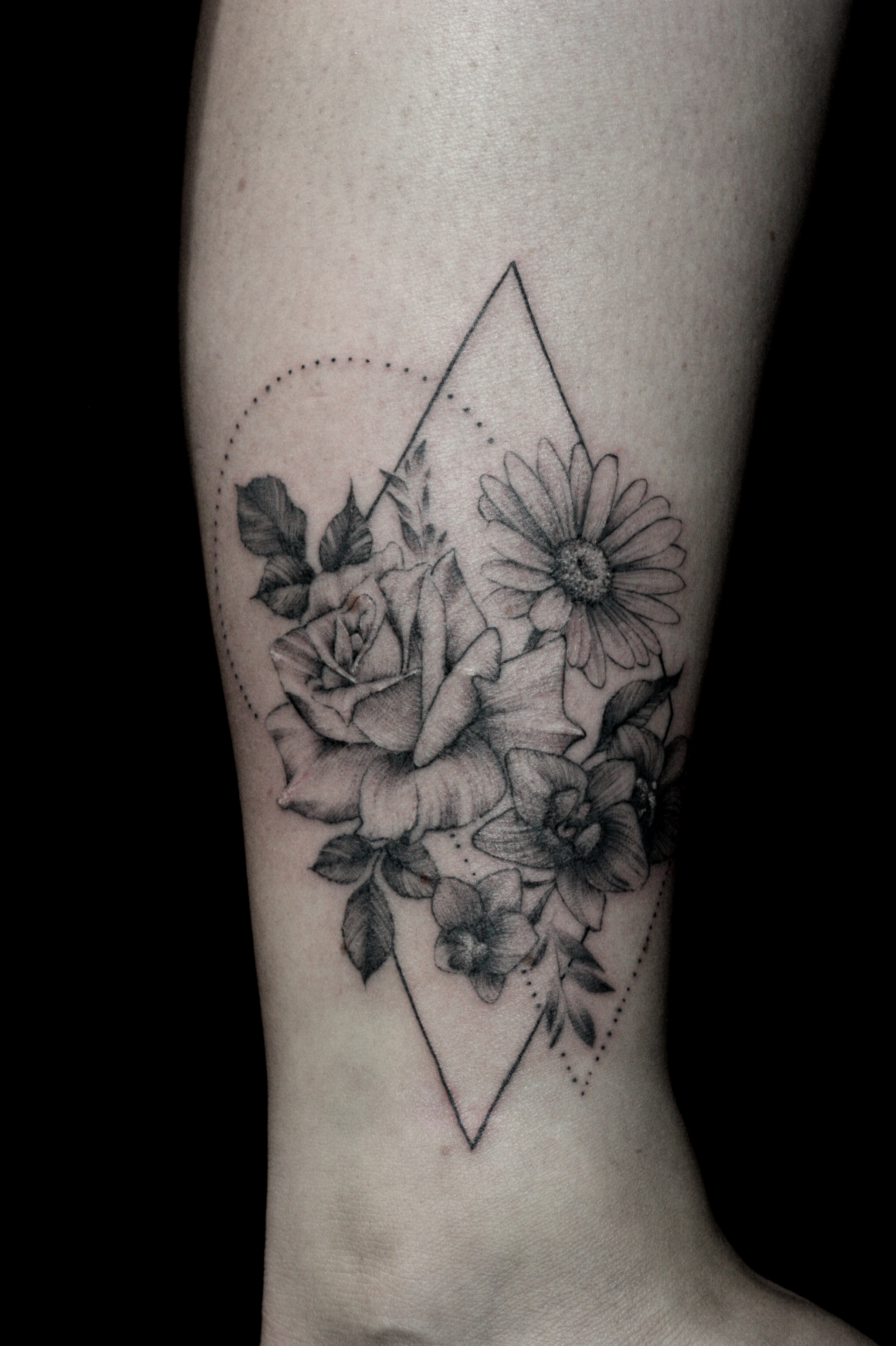 single-needle-flower-tattoo