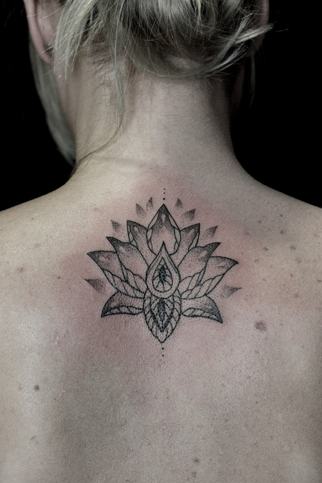 single-needle-lotus-tattoo