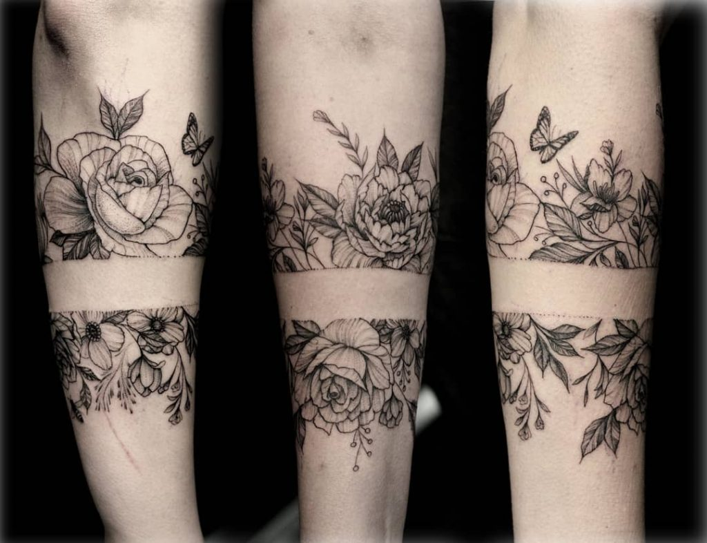 female-flower-tattoo