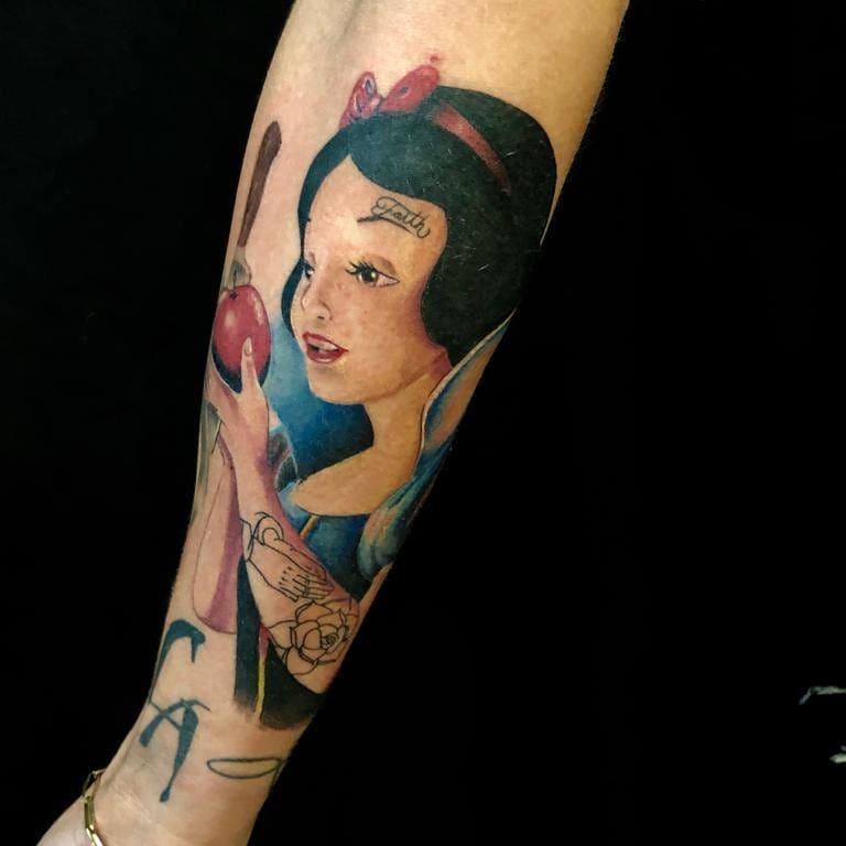 snow-white-tattoo-1