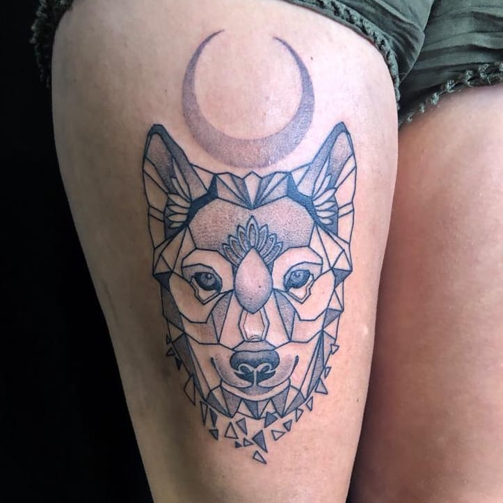 geometric-dotwork-wolf-tattoo